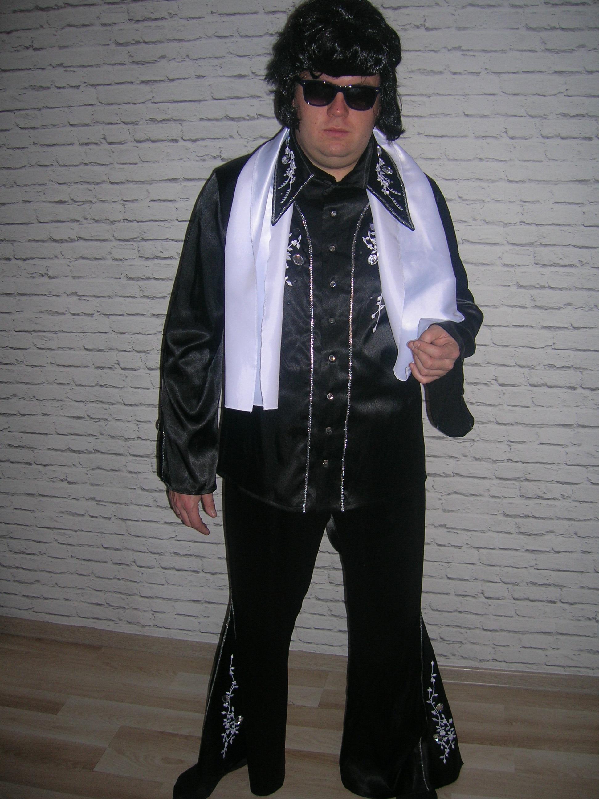 Elvis_czarny